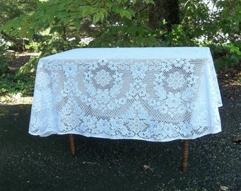 Vintage White Lace Tablecloth White Lace Table Cloth 58x76 Lace Overlay Wedding Decorations Table Decor Cottage Decor French Country