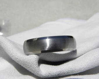 Titanium Ring, Wedding Band, 7mm, US size 14, Clearance Priced Listing