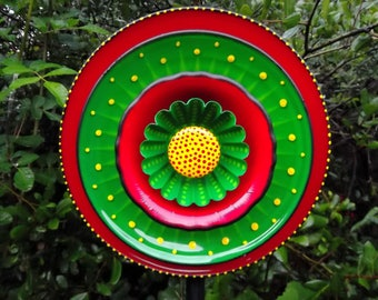 Green Red and Yellow Hand Painted Glass Garden Flower Plate Suncatcher Yard Sculpture
