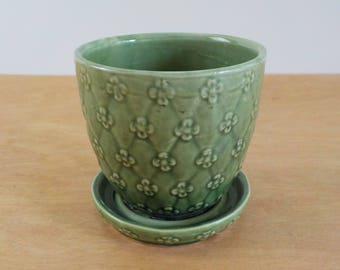 Vintage Green Shawnee Flower Pot • Shawnee USA Flowerpot #454 • Quilted with Flowers
