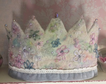Pastel Crown Embroidery Crown Waldorf Crown Felt Crown Princess Crown Fairy Crown Kindergarten Crown