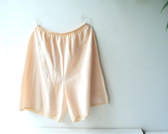 Classy vintage 80s, pastel  beige polyester pettipants, split skirt,  half slip skirt, long bloomers. Made by  Farr West. Size Medium.