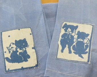 Vintage 1940s Linen Towel Set  Kittens & Puppies