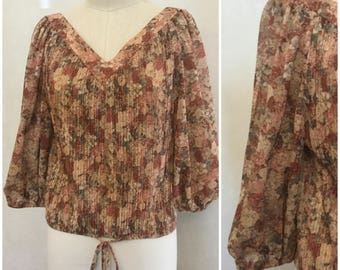 70's Bohemian Blouse. Vintage Puff Sleeve V neck shirt