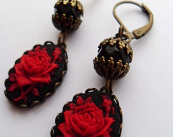 Small red rose cameo earrings. Victorian earrings. Red black earrings. Gothic earrings. Gothic wedding. Goth earrings. Botanical jewelry.