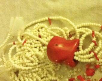 Coral with sead beads, bag