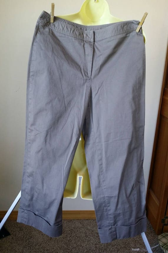 womens capris capris pants short pants 30 x 23 gray pants 90s capris slacks vintage size 10 90s clothing
