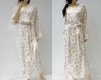 80s Floral Kimono Vintage Kimono White Floral Robe White Floral Kimono Laura Ashley Robe Pink Floral Duster Pink Floral Kimono Boho Kimono L