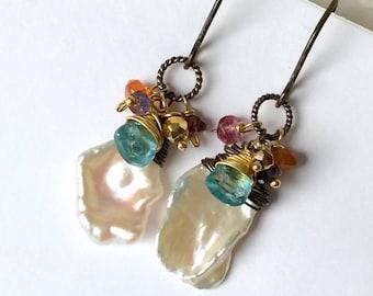 Gemstone Cluster Earring Keishi Pearl Earrings Oxidized Sterling Silver Gemstone Mixed Metal Earrings White Pearl Earrings Urban Boho Chic