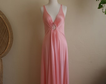 70s Vintage pink night gown