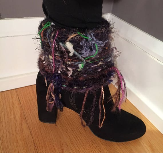 Handmade knit boot cuffs with fringe, boot accessories, fringe boot toppers, knit legwarmers, fringe fashion, fringed boot socks, fringe boo