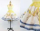 50s Dress Carousel Horse Print XS / 1950s Vintage Dress Novelty Print / Parc de la Villette Dress