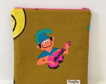 Vintage Hawaiian Barkcloth/ Zipper Pouch / Cosmetic Bag