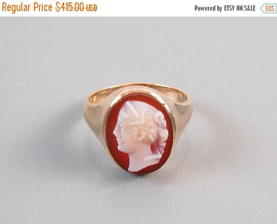 ANNUAL CAMEO SALE Antique Victorian hard stone sardonyx cameo 10k gold ring unisex size 9-3/4 / hand carved / late 1800s / extra heavy 8.1 g
