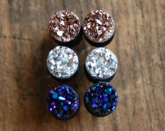 Choose Color and Size| 6g (4mm), 2g (6mm)4g (5mm) | Faux Druzy Rough Crystal Plugs|Rose Gold|Silver| Purple Blue|Gauges for stretched lobes