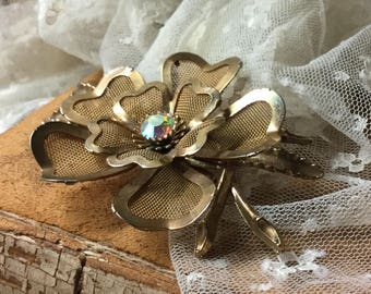 Shabby Chic AB Rhinestone Gold Tone Mesh Multi Petal Flower Brooch Pin Unsigned 1950's 1960's Cottage Chic Garden For the Garden Lover