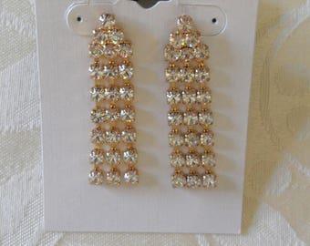 Elegant Clear Rhinestones Gold Tone Pierced Earrings