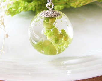 Resin Jewelry Real Flower Necklace Green Resin Necklace Pressed Flower Jewelry Baby Breath Necklace Real Flower Jewelry Gift For Women