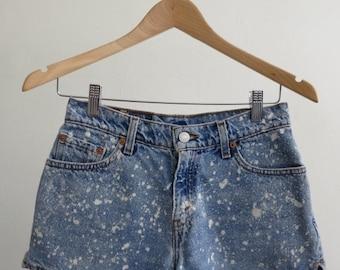 40% OFF Splatter Denim Shorts