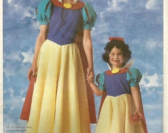ChristmasinJuly Vintage 80s Simplicity 7735 Girls Snow White Official Disney Costume Sewing Pattern Size 10