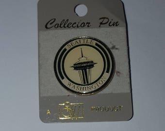 Vintage Silver Metal and Enamel Seattle Space Needle Souvenir Lapel Pin