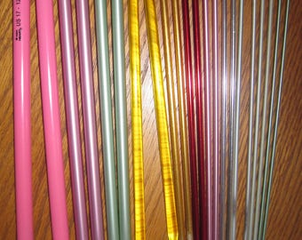 Knitting Needles 11 Pair Aluminum or Plastic 10 Inch Needles Used Single Point Free US Shipping