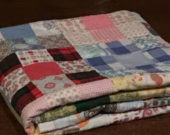 Baby Cutter Quilt 38 x 45 inches 56 Nine Patch Squares Vintage Fabrics Flannel Batting Vintage Baby Cutter Quilt Baby