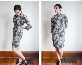 Summer Sale - 50s/60s Floral and Paisley Grey Cheongsam - S