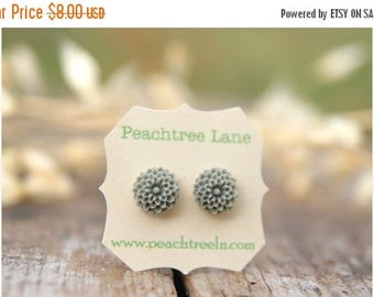 CHRISTMAS in JULY SALE Grey Chrysanthemum Flower Post Earrings // Bridesmaid Gifts // Maid of Honor Gifts // Rustic Vintage Wedding