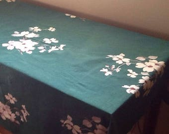 Clearance Vintage Green Dogwood Tablecloth