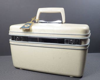Samsonite Silhouette Makeup Train Case Vintage 1970s Hard Sided Airplane Carry On Luggage with Tray and Key