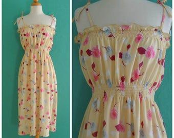 70's yellow floral sun dress // flower print sun dress