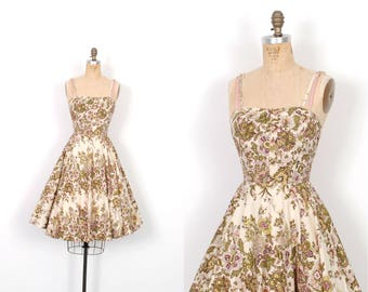 Vintage 1950s Dress / 50s Floral Print Full Skirted Cotton Dress / Pink and Green ( XS extra small )