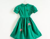 Vintage Girls Size 7 Italian Smocked Party Dress / b32 w24 L27-32 / Polished Green Cotton Rose Embroidery Hand Stitched Details