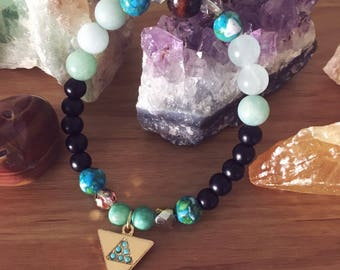 Gold Triangle and Gemstones Beaded Stretch Bracelet