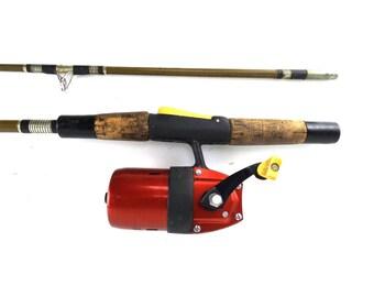 unispin fishing pole. true temper rod & reel combo. vintage fishing. spinning fishing. cork handle. fishing reel. fishing rod. vintage fish