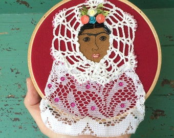 Frida Kahlo Hoop Art - Frida Kahlo Art - Portrait Frida Kahlo - Embroidered Hoop Art - Inspired by Mexican Folk Art - Embroidery - Folk Art