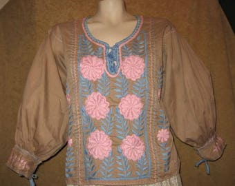 Peasant Blouse Hippie Mexican Embroidered 70s Vintage