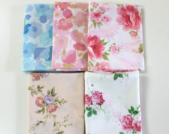 Vintage Reclaimed Bed Sheet Fabric Fat Quarters - Shabby Chic floral - set of 5
