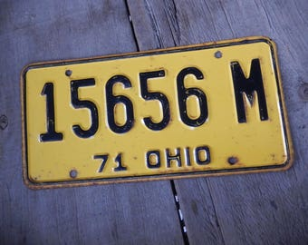 License Plates Ohio Vintage 1971 Rustic Yellow Garage, Industrial, Man Cave, Pub, Bar Decor, Barn, Wall Hanging, Old Sign Home Decor