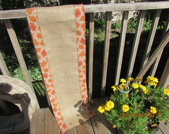 Burlap and Leaf pattern Table Runner