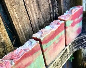 Cinnamon Apple Pie Soap - Carmalized - Vegan Holiday Soap