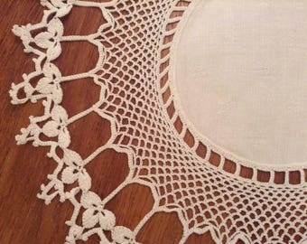 Vintage Doily, White Linen, Crochet Doily