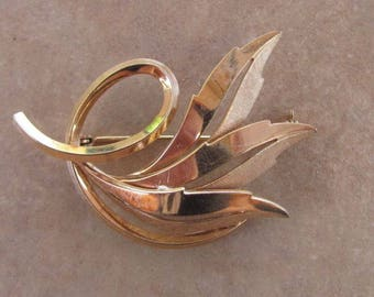Vintage 60s - Gold plated brooch