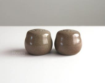 Heath Ceramics Speckled Olive Brown Salt and Pepper Shakers California Pottery