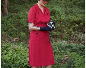 Anniversary Sale 35% Off On Assignment - Vintage 1940s WW2 True Red Gabardine Day Dress w/Front Pockets Black Buttons - 6