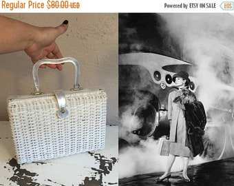Anniversary Sale 35% Off Waiting For My Train - Vintage Retro 1960s White Vinyl Straw Handbag Purse w/White Pearlized Lucite Trim