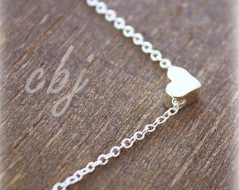 Heart Necklace, Tiny Heart Minimal Necklace, Silver Plated Heart Charm Necklace, Minimal Jewelry, Bridesmaid necklaces, Wedding Jewelry