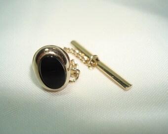 Gold Tone Vintage Oval Black Onyx Tie Tack.
