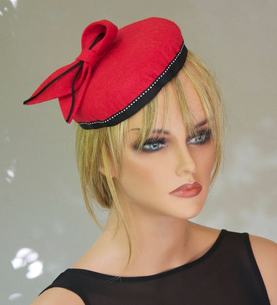 Women's Red Wool Hat, Red Fascinator Button Hat, Kate Middleton Hat, Percher, Black and Red Hat, Ladies Fall Winter Hat, Duchess  Hat